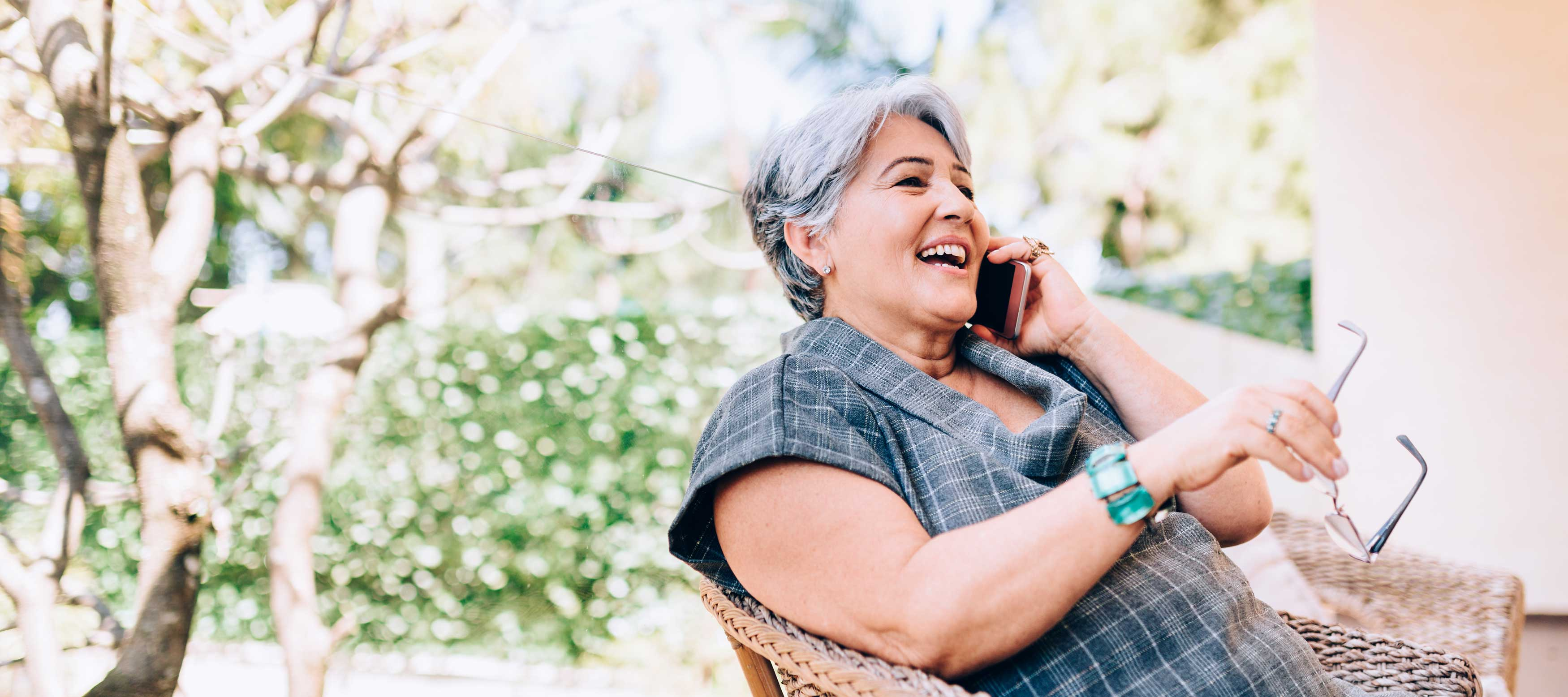 heroic-fundraising-featured-image-woman-talking-on-the-phone