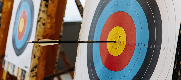 Heroic Fundraising Featured Image_An Arrow in the Center of a Target
